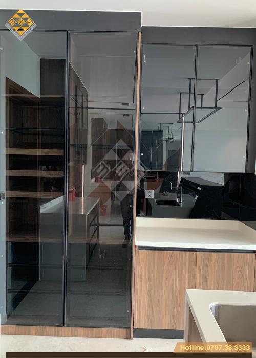 Tủ bếp cánh kính xu thế mới - phong cách nội thất hiện đại 12